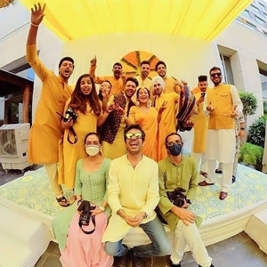 નેહા કક્કર-રોહન પ્રીત સિંહના લગ્નની વિધિઓ શરૂ, મહેંદી-હલ્દી સેરેમનીની તસવીરો વાઈરલ