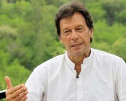 પાકિસ્તાનના પ્રધાનમંત્રી ઈમરાન ખાને નવાઝ શરીફને સૌથી મોટા ગદ્દાર કહૃાા